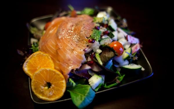 Avocado Salmon Breakfast Salad