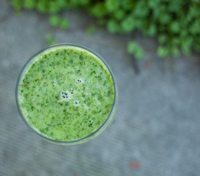 Banana Pear Green Smoothie