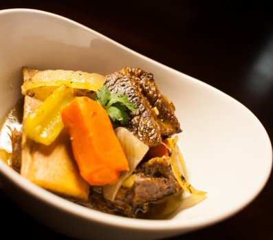Paleo Crock Pot Short Ribs with Oxtail