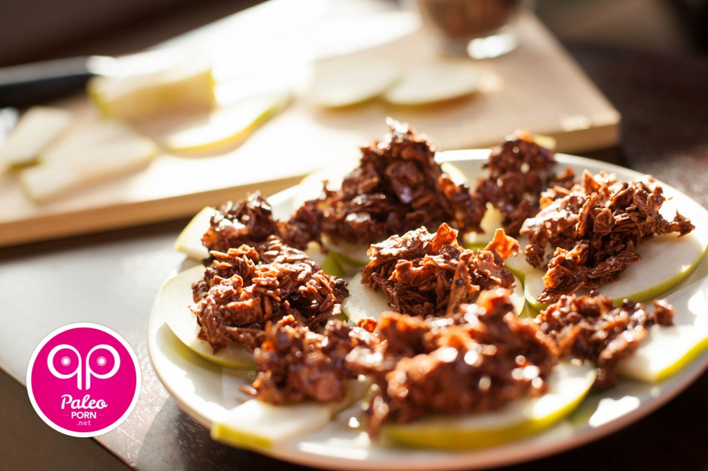 Paleo Dessert Cocoa-Nut Apples