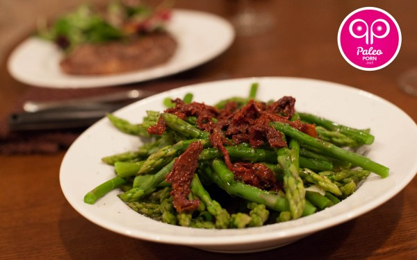 Easy Asparagus Recipe with Sun Dried Tomatoes 07