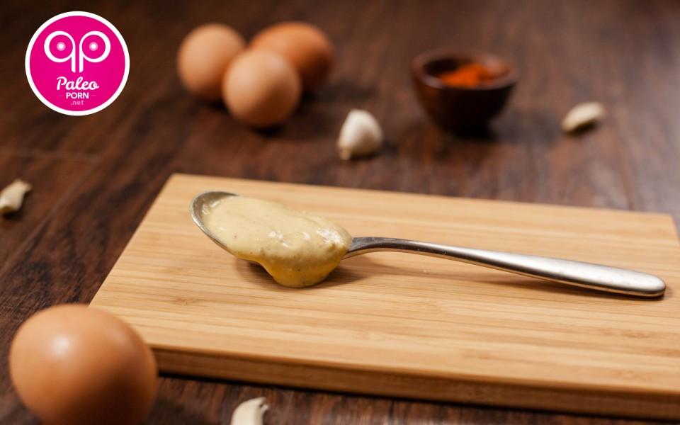 Spicy Paleo Garlic Aioli