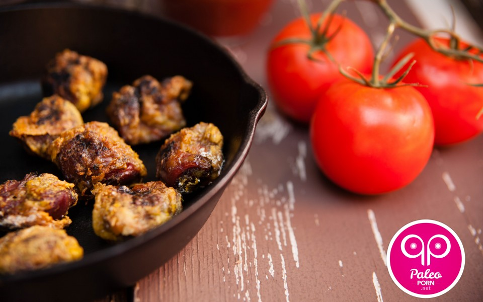 Paleo Recipe Crispy Curry Duck Gizzards with Spicy Paleo Marinara Sauce