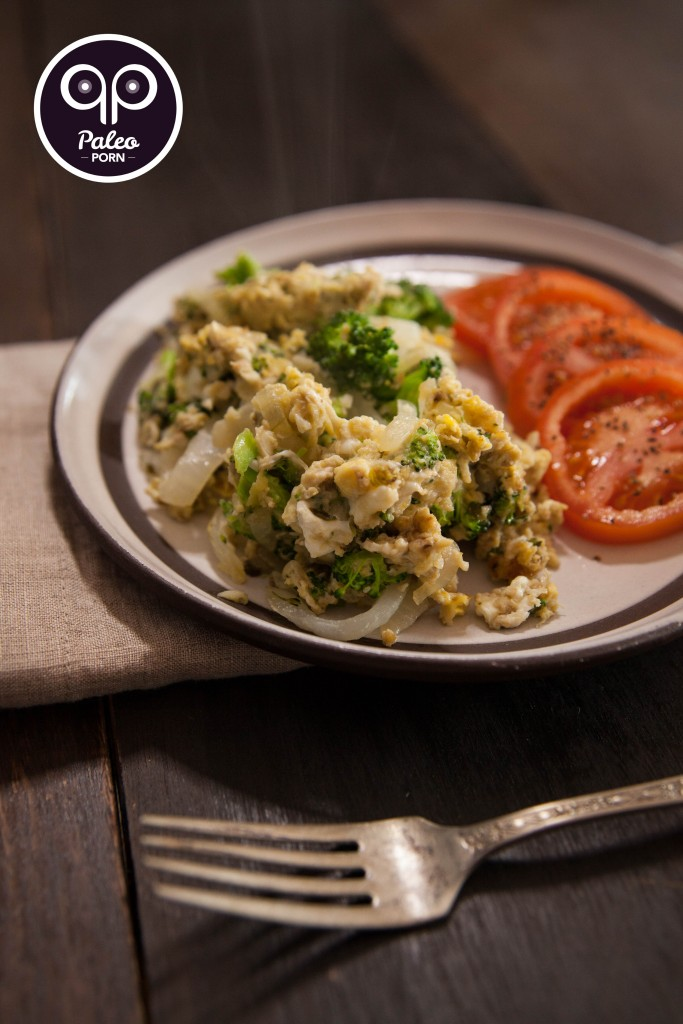 Paleo Breakfast Scramble with Broccoli