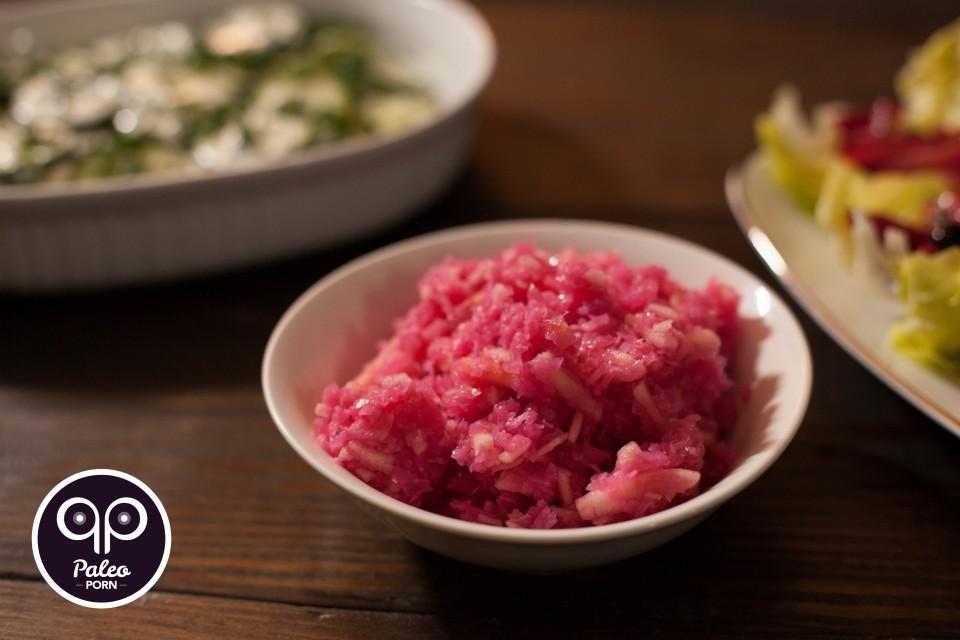 Paleo Recipe Red Cabbage with Apples Salad - Czerwona Kapusta z Jabłkami